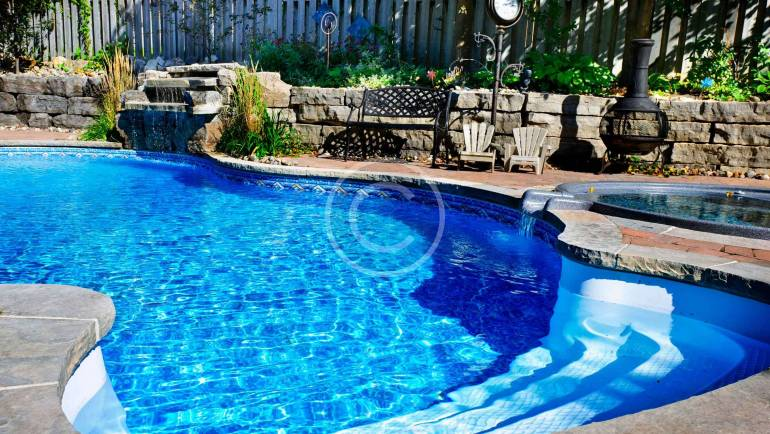 Backyard pool landscaping idea